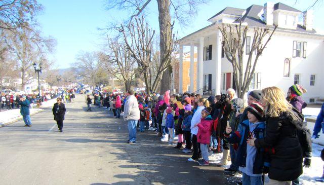 children-at-march